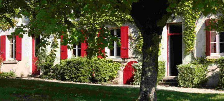 maison-volets-rouges-accueil-720x540